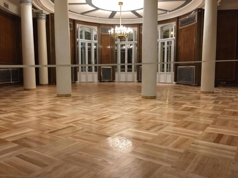 Acuchillar Parquet de un Gran Hotel en Madrid